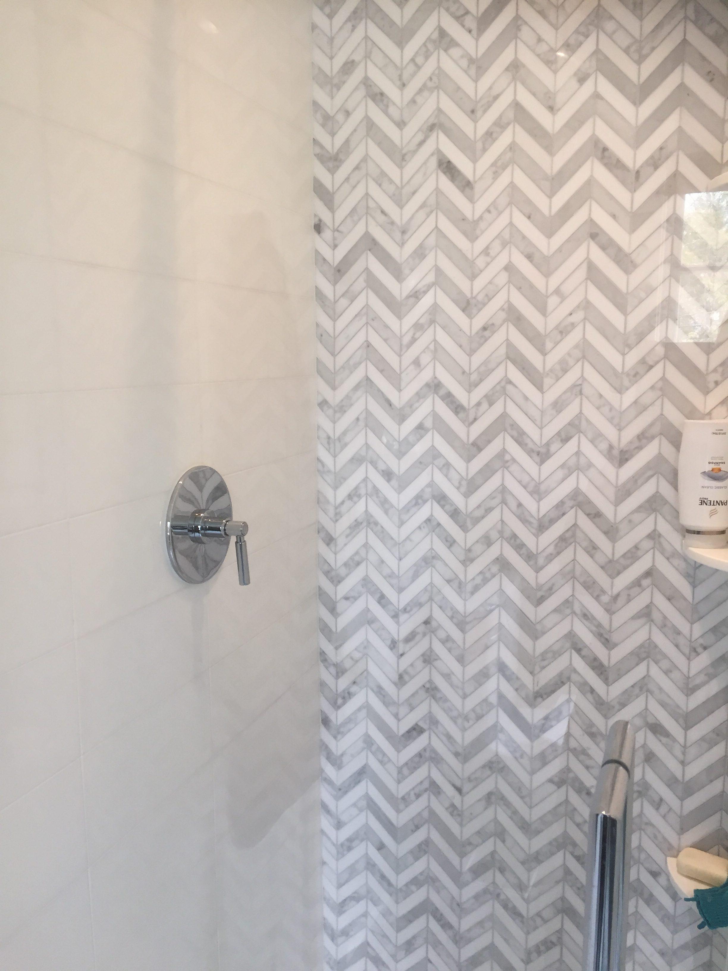 White Thassos And White Cararra Chevron Mosaic Tile